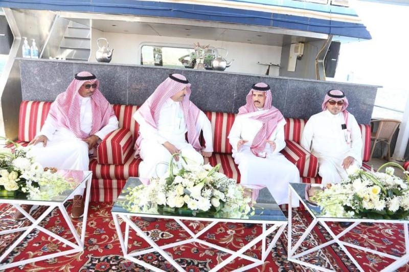 الأمراء عبدالله بن سعود، المحتفى به، خالد بن محمد، وخالد بن منصور في الاحتفالية. (تصوير: مديني عسيري)