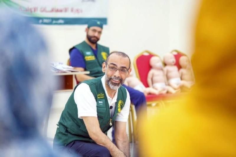 مركز الملك سلمان للإغاثة يدشّن مشروع تمكين الأيتام وتعزيز صمودهم في مأرب.