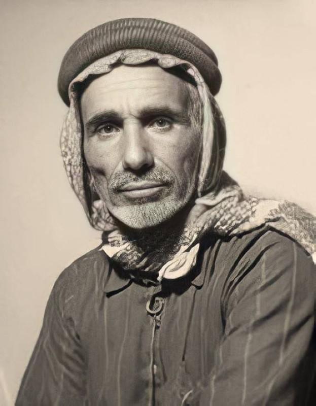 خميس بن رمثان العجمي.