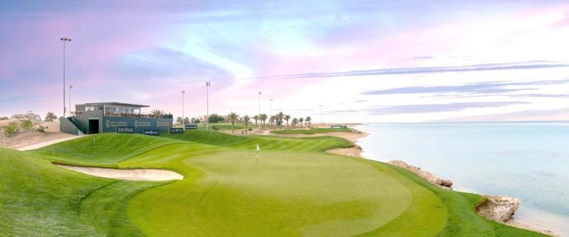 ملعب الجولف.