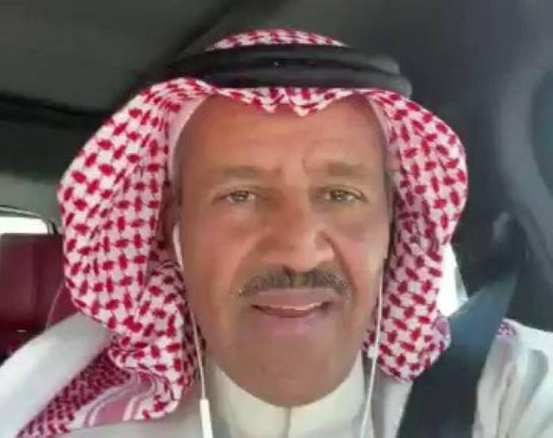 الفنان خالد عبدالرحمن (صورة من مقطع الفيديو)