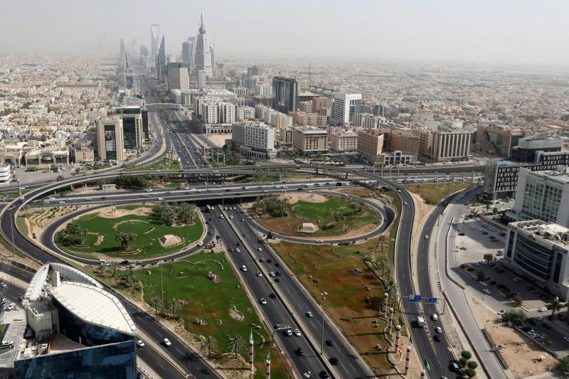 من المتوقع أن تفتتح العديد من الشركات العالمية مقراتها الإقليمية في المملكة.