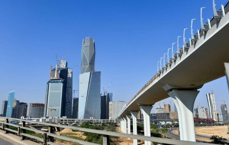 برنامج التوازن المالي يستهدف كفاءة إنفاق بنحو 220 مليار ريال بنهاية 2023.
