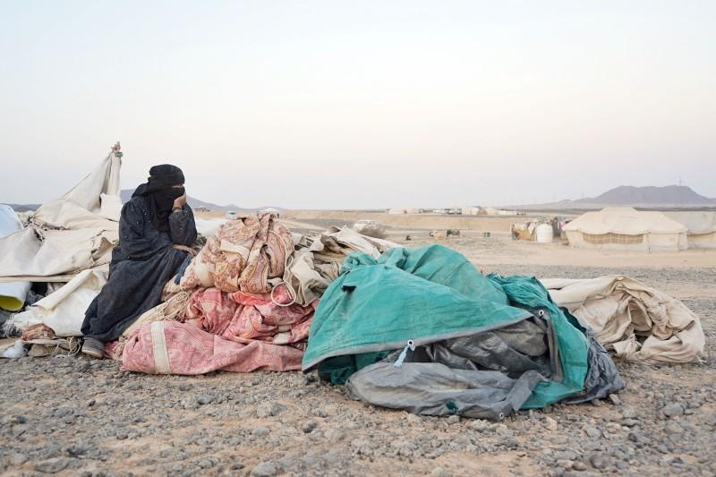 نازحون بلا مأوى بسبب الانقلاب الحوثي.