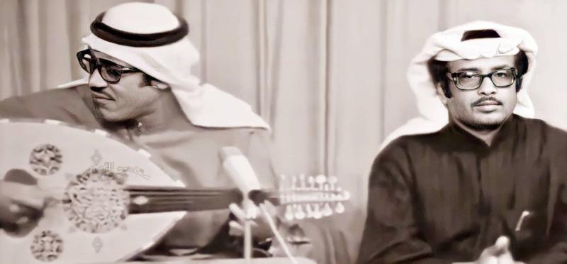 سعد مع المطرب الكويتي أحمد عبدالكريم في إحدى السهرات الغنائية بالكويت في الستينات.