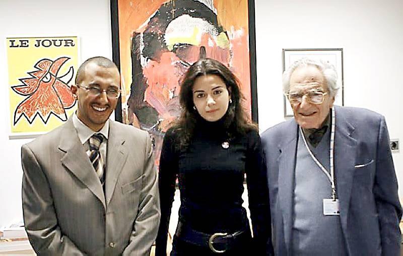 مع عميد صحيفة النهار غسان تويني وحفيدته رئيس تحرير النهار نائلة جبران تويني.