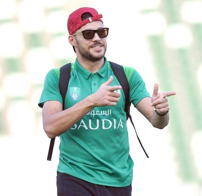 لاعب الأهلي يوسف البلايلي.