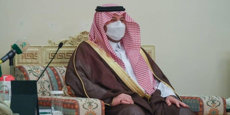 أمير الشمالية يستقبل مواطناً تبرع «بكليته»