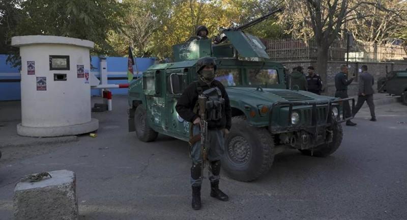 قوات أفغانية في إحدى النقاط الأمنية.