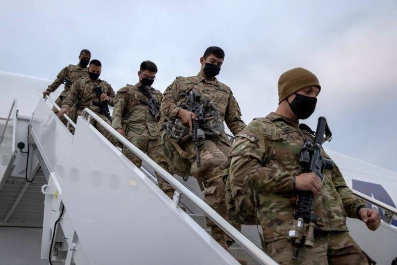 جنود أمريكيون يعودون إلى بلادهم.
