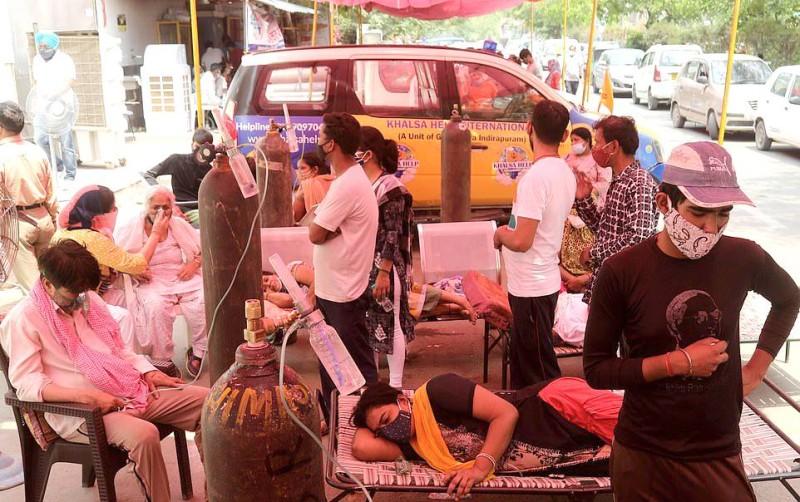 مصابون لم يجدوا الأكسجين إلا لدى معبد سيخي في أوتاربراديش.