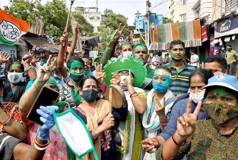 أنصار المعارضة في كلكتا مبتهجين بخسارة حزب مودي.