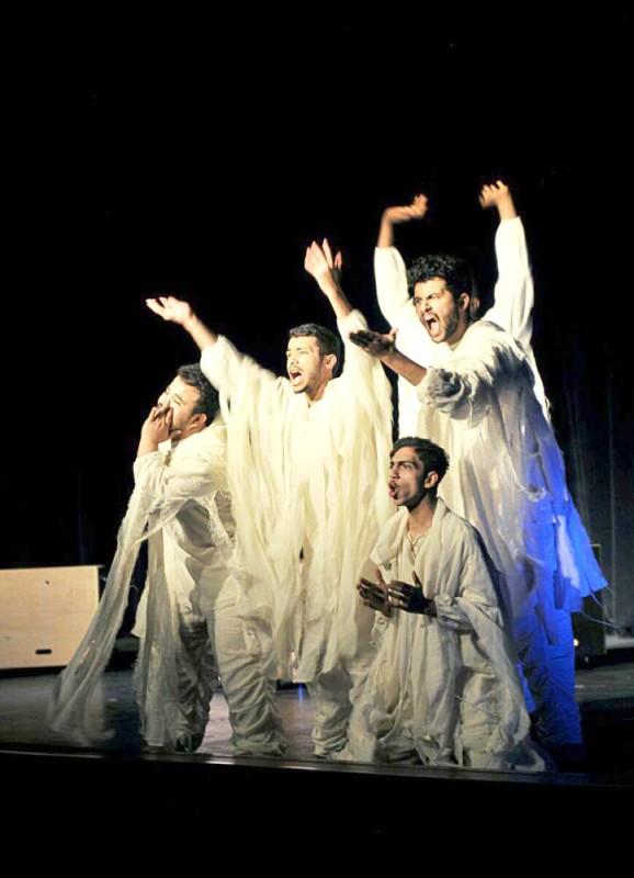 المسرح السعودي.. نجاحات متوالية تجذب عشاق الفن.