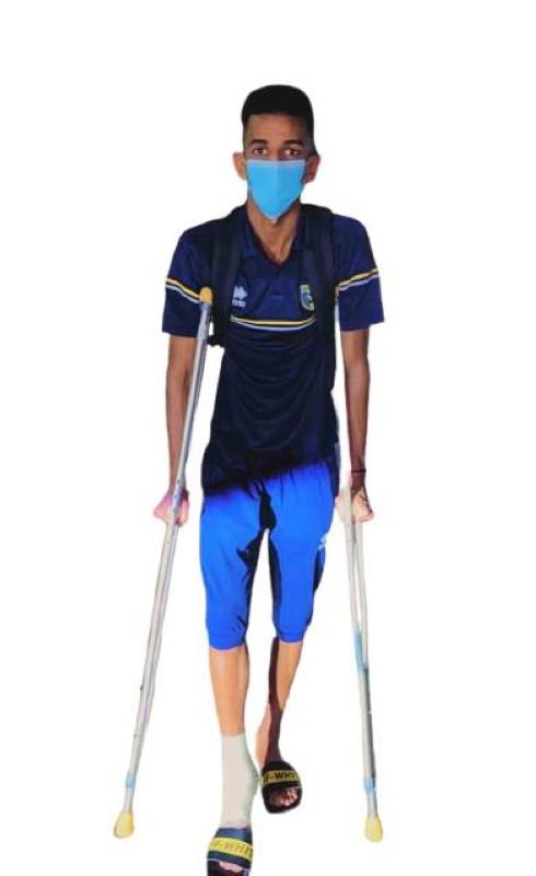 عسيري تعرض للإصابة بالتواء في مفصل القدم.