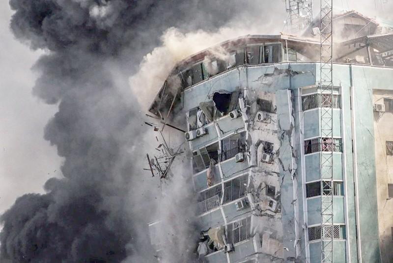 أحد المباني التي فجرتها إسرائيل في غزة.