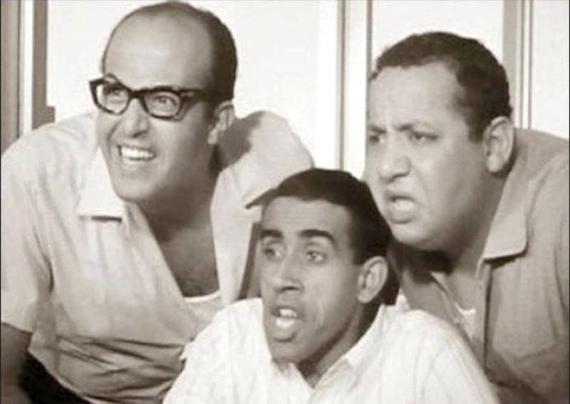 ثلاثي أضواء المسرح غانم وجورج سيدهم والضيف أحمد.