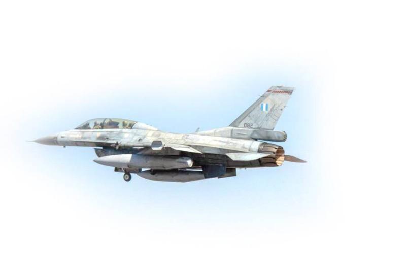 انطلاق مناورات تمرين عين الصقر 2 بين القوات الجوية السعودية ونظيرتها اليونانية. (واس)