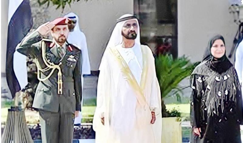 القبيسي مع الشيخ محمد بن راشد أمام المجلس الوطني الاتحادي.