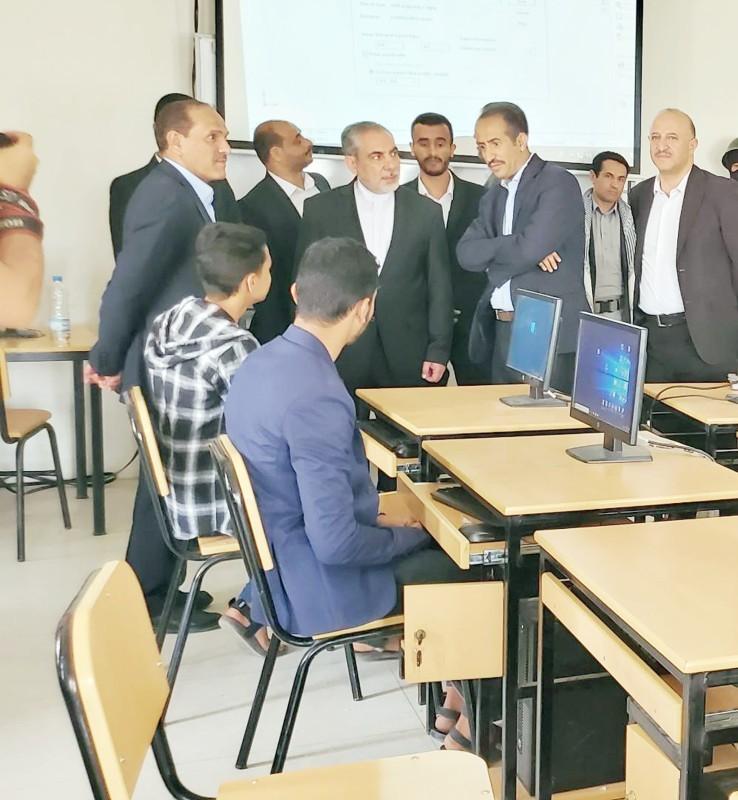 إيرلو ينتهك حرمة جامعة صنعاء ويسيء للشعب اليمني.