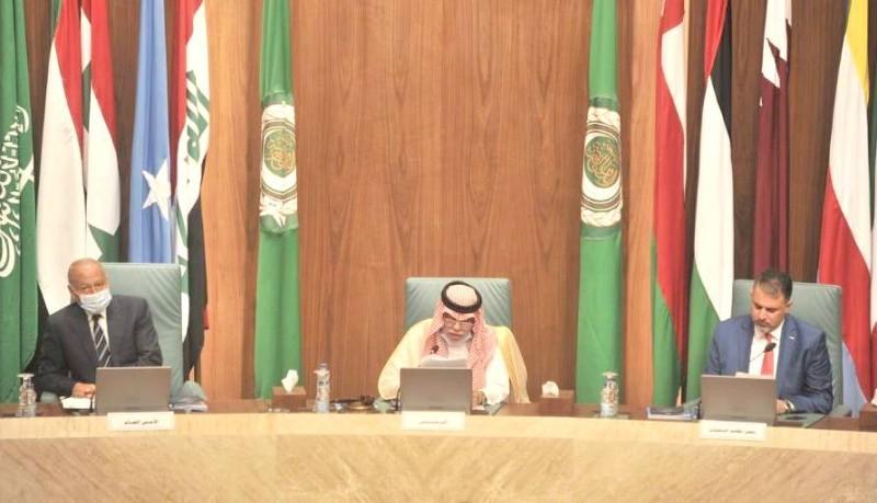 وزير الإعلام المكلف يقدم مقترحات بشأن عضوية المكتب التنفيذي لوزراء الإعلام العرب.