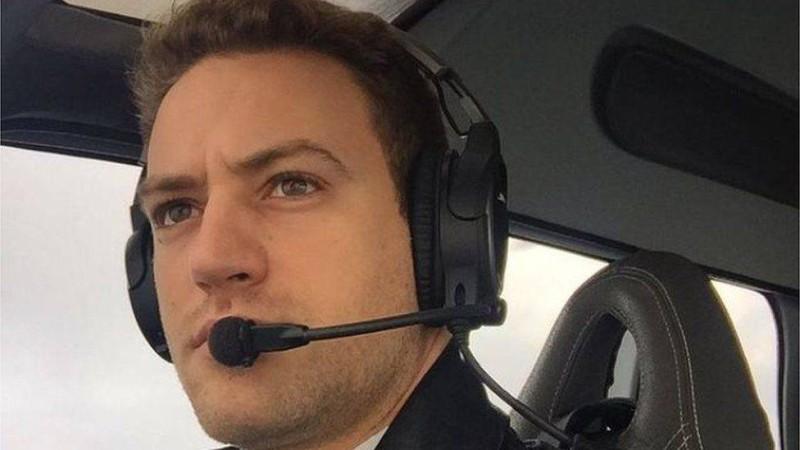الطيار الجاني قاتل زوجته (موقع BBC)