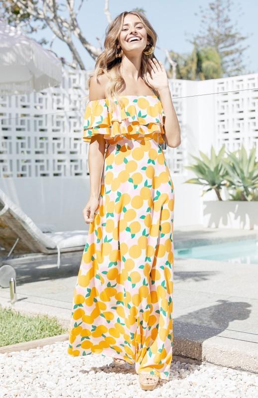 فستان الصيف المريح يشكل خياراً سهلاً هذه الأيام.