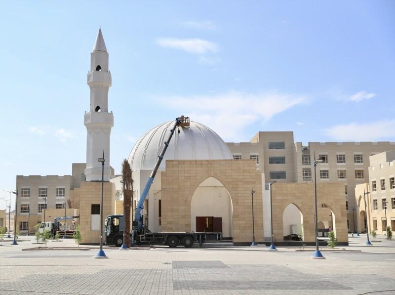 المسجد في مركز الضبط الأمني بالشميسي (إمارة مكة - «تويتر»)