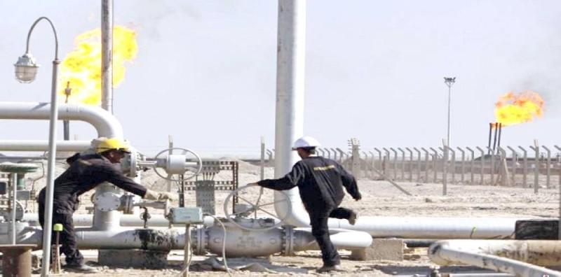 اتفاق «أوبك» يدعم استقرار أسعار النفط.