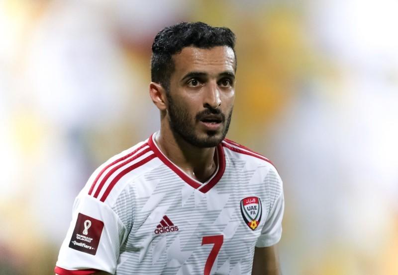 علي مبخوت يرحب بفكرة اللعب في الدوري السعودي وارتداء قميص الاتحاد في أكثر من ظهور إعلامي. (الاتحاد)