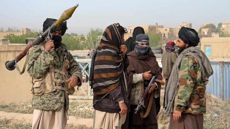 عناصر مسلحة من حركة طالبان.