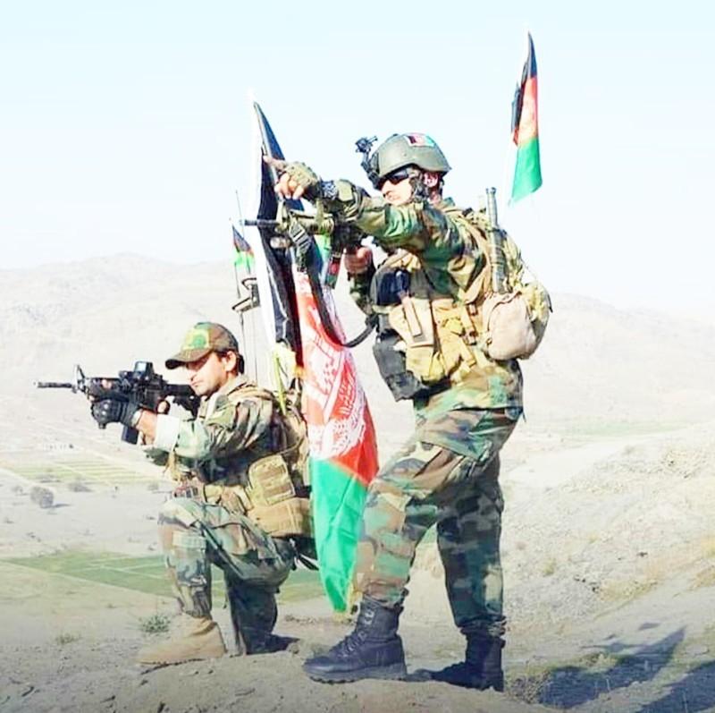 القوات الدولية أثناء تدريبات القوات الأفغانية.