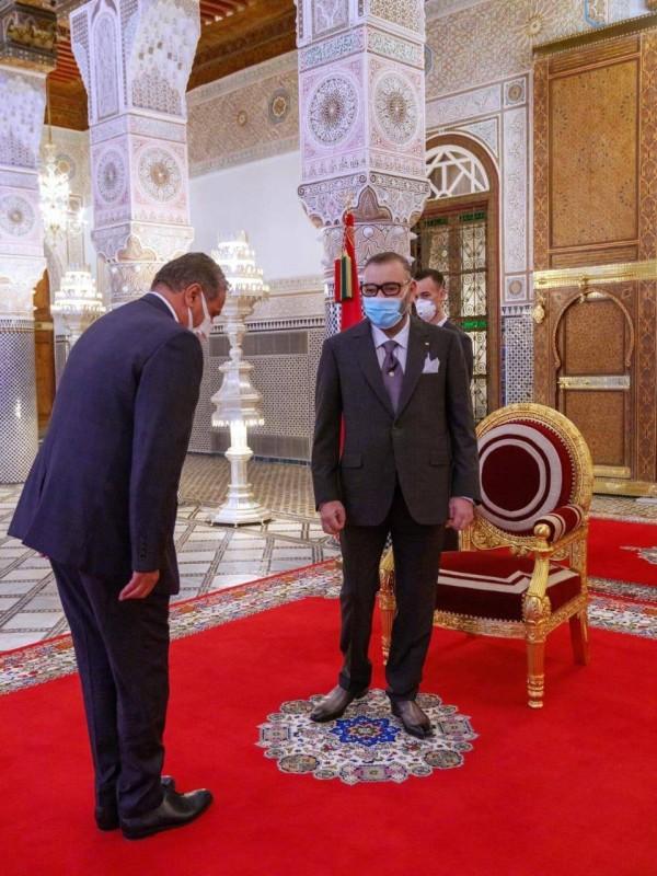 العاهل المغربي يستقبل أخنوش.