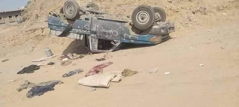 آليات حوثية في صحراء شبوة.