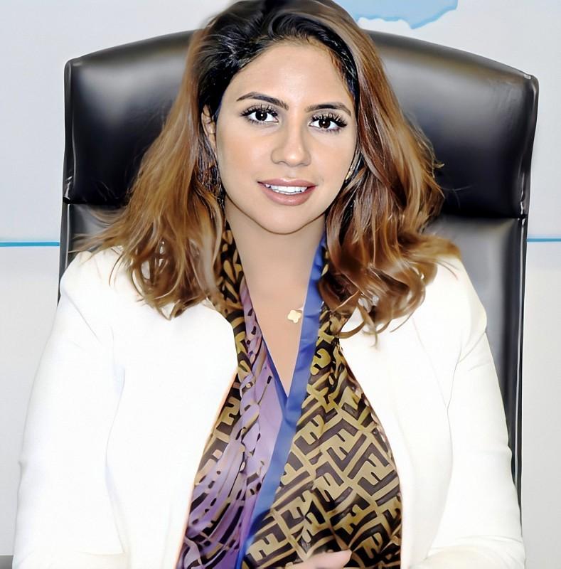 المهندسة هند العوضي في مكتبها.