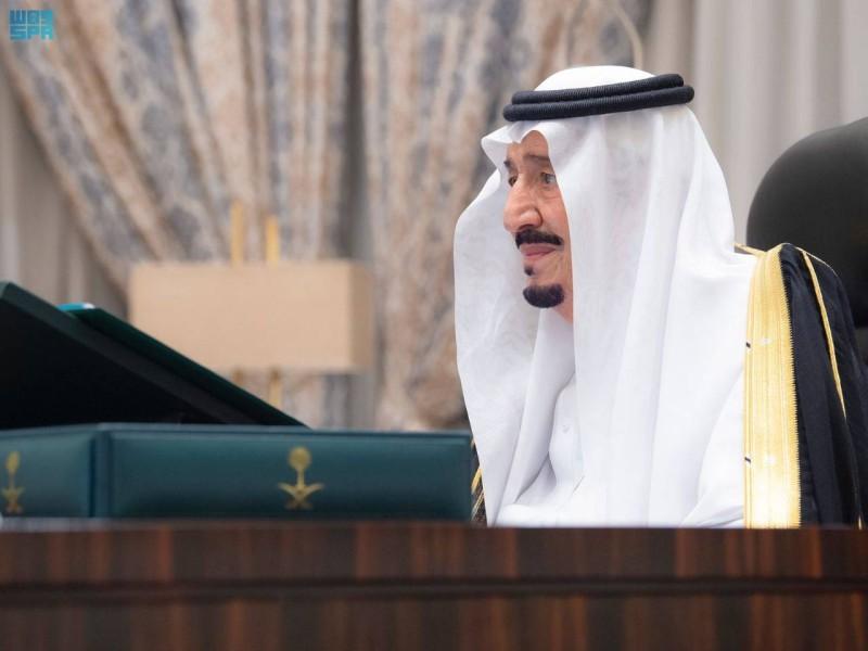 خادم الحرمين الشريفين مترئسا جلسة مجلس الوزراء (واس)