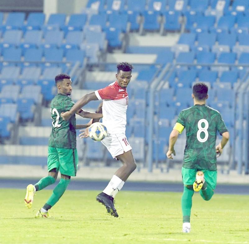 محمد أبو رزق أحرز الهدف الثالث للأردن وتوج نفسه هدافاً للبطولة.