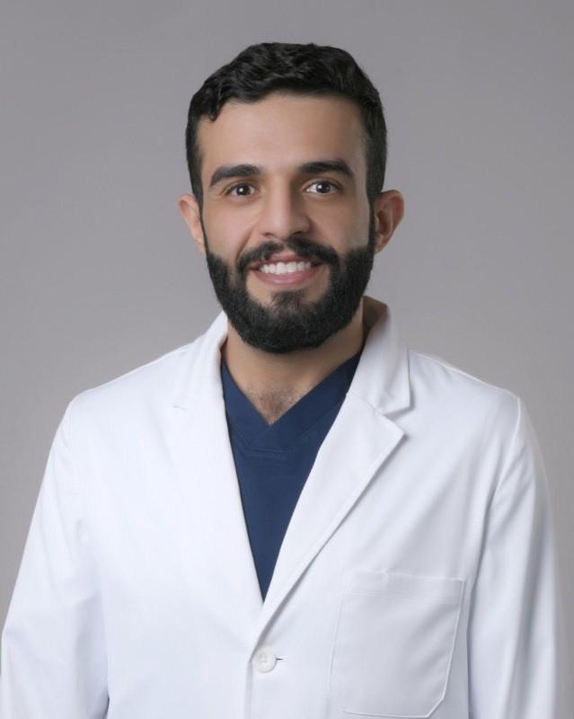 استشاري جراحة الأنف والأذن والحنجرة محمد الصامل