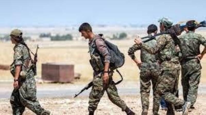 عناصر من قوات سورية الديمقراطية